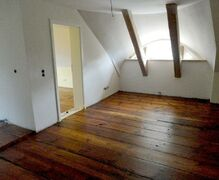 The original 170 years old room floors remains and was renovated